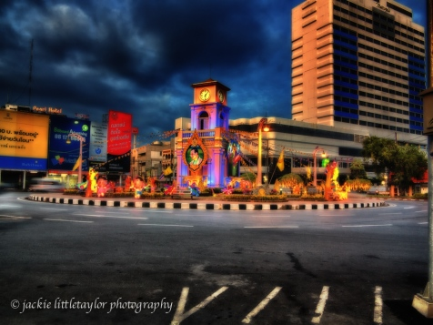 traffic circle phuket town Metropole Hotel background impression