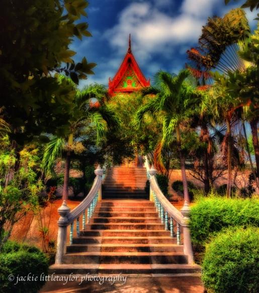Garden View morning sun Wat Sapum Thammaram impression