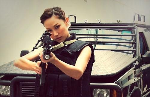kate-tsui-sniper-standoff