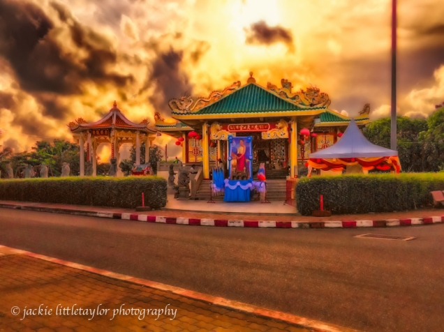 sunset Kiew Tien Keng Chinese Shrine Thailand