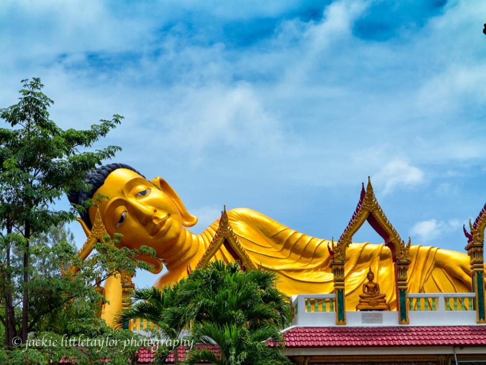 reclining buddha Blue skies