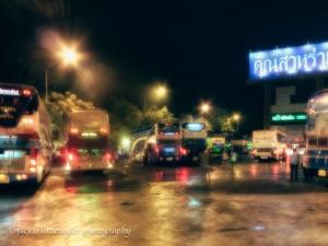 Phuket/Bangkok Bus travel 1/2  way stop for eats Chumporn