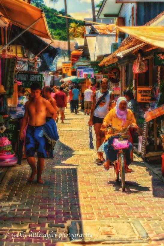 tourist shopping market Phi Phi Island Thailand impression