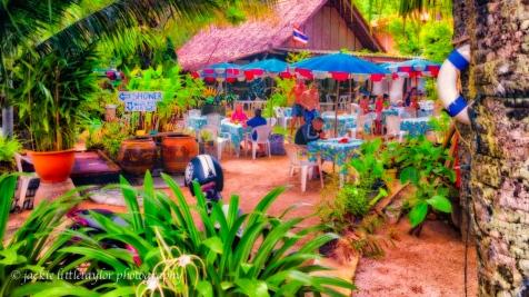 YaNui Beach Resturaunt impression 16x9