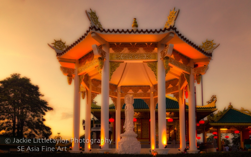 Kiew Tien Keng Chinese Shrine Saphan Hin Phuket Thailand sunset