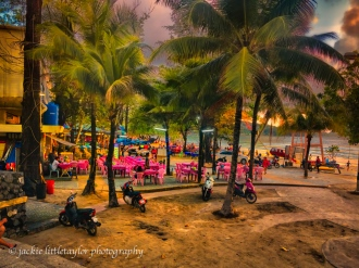 evening dining along the beach