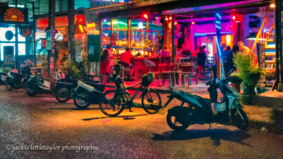 ATM BAR  nightlife on Chalong Beach 16x9