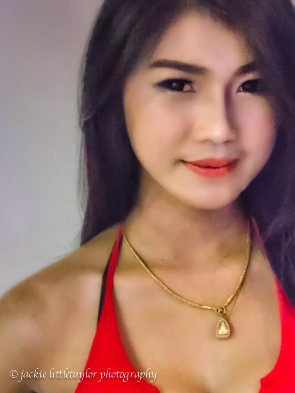 gogo dancer red top impression #2