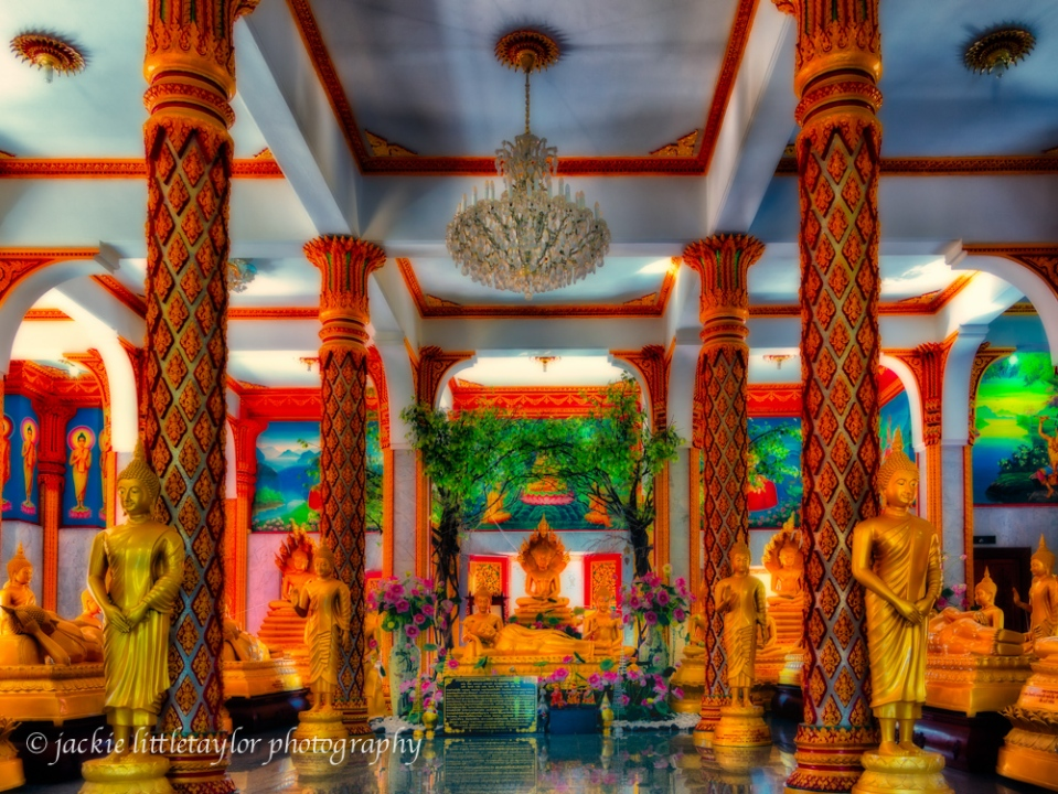 Wat Chalong Main Temple ground floor inside
