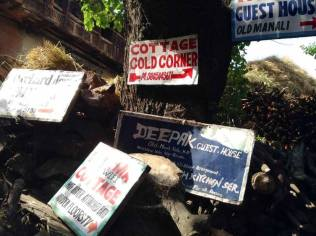 Many guest houses in old manali area.