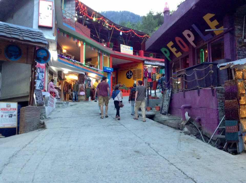 Old manali road..full of restaurants, clothes,jewelly,stones and lots more.