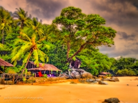 bar on the beach coconut trees Laem Sing