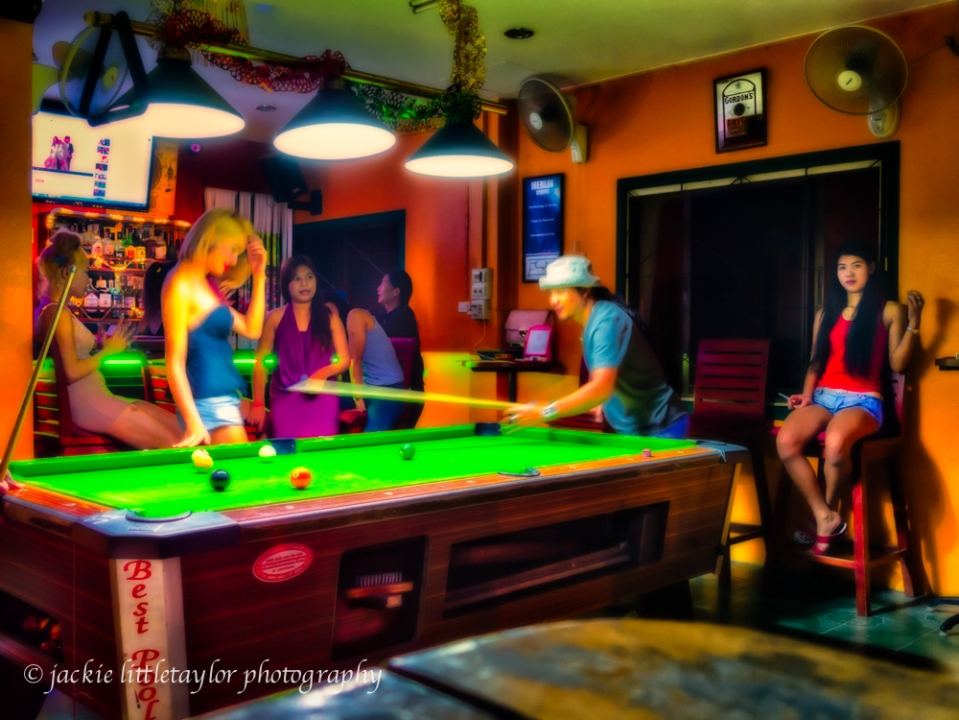 pool table Crazy Bar Kamala Thailand