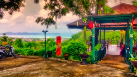 Baan Poo Doo Lays Restaurant Chalong Bay View