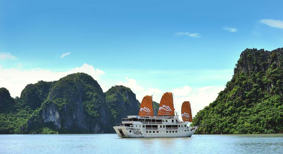 ParadiseVietnam_Paradise-Peak-Cruise